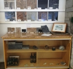 Countertop display of samples